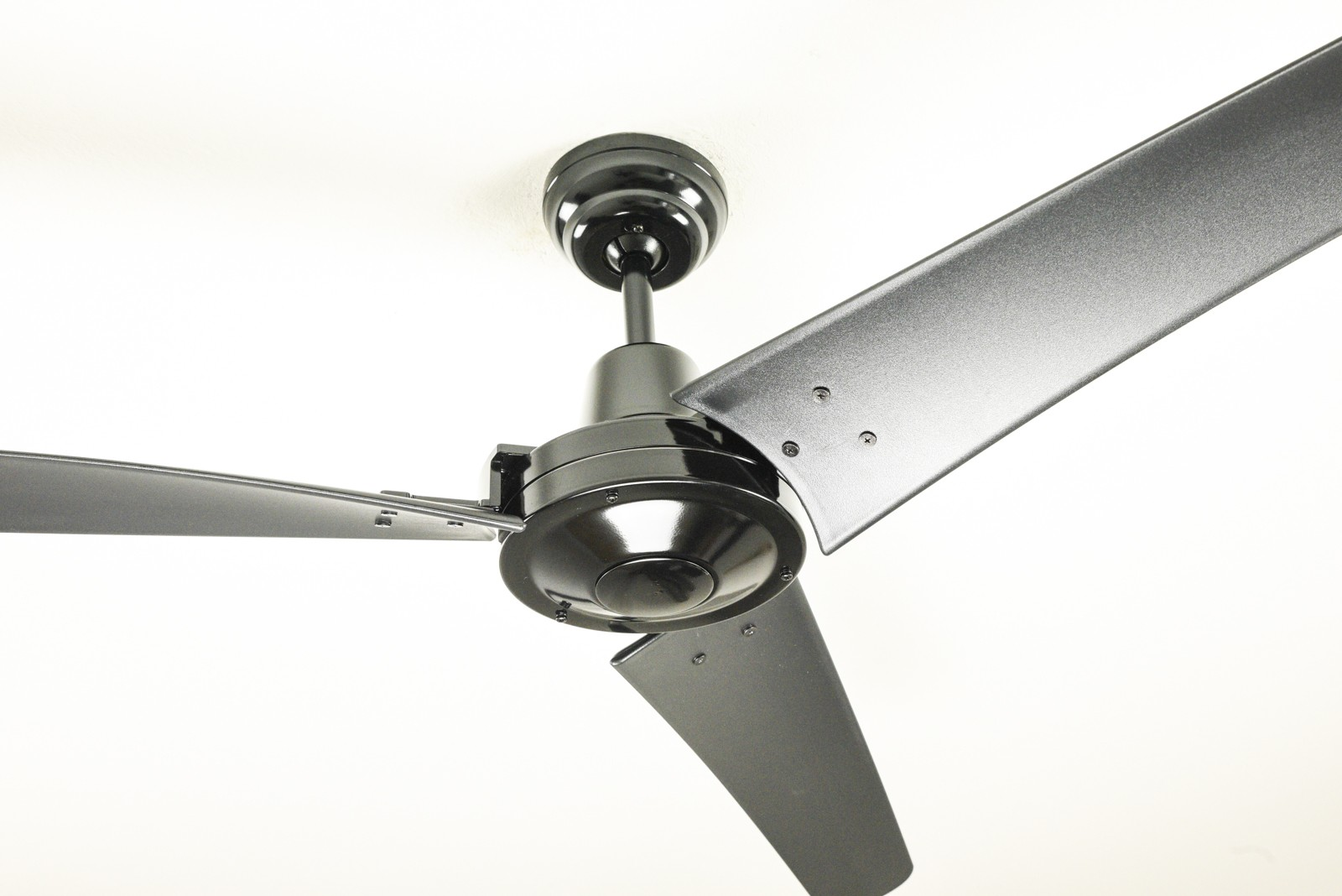 Industrial Ceiling Fans : Industrial ceiling fan vourdries black with wall control